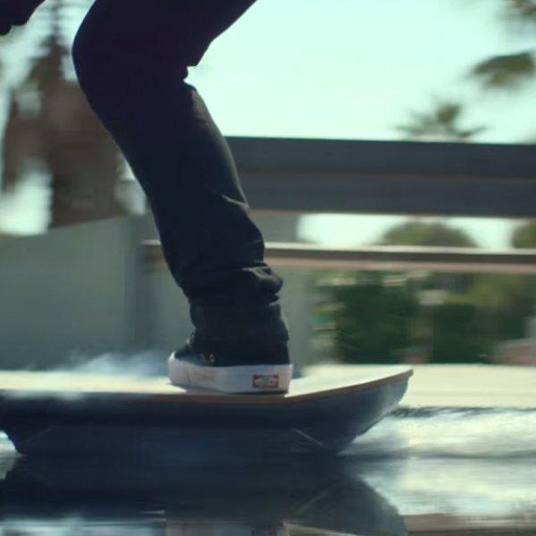 La Lexus crea un vero Hoverboard!
