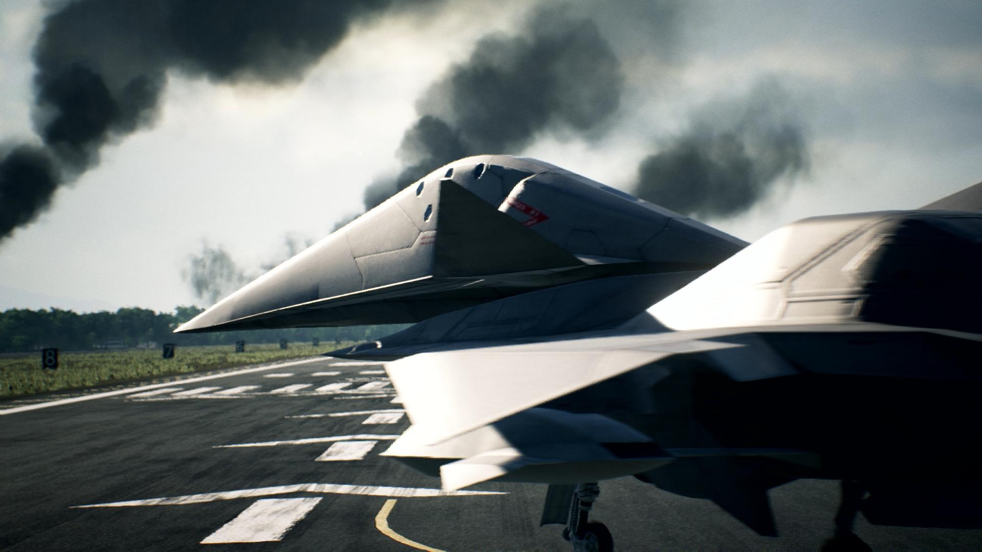 Tre nuovi aerei si preparano a decollare su Ace Combat 7